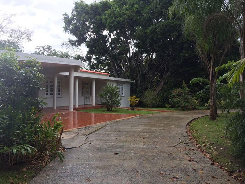 Casas En Aguas Buenas | Roger Professional Realty